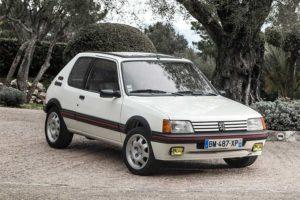 En bästsäljande charmknutte - Peugeot 205